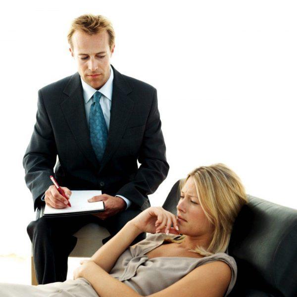 Чтобы определить причину женской импотенции, следует обратиться и к психологу