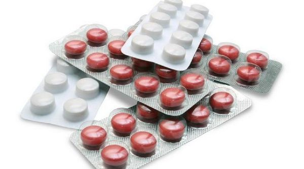 Терапия с помощью медикаментов эффективна лишь при начальных стадиях заболевания