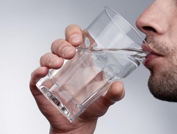 Больному важно пить много чистой воды