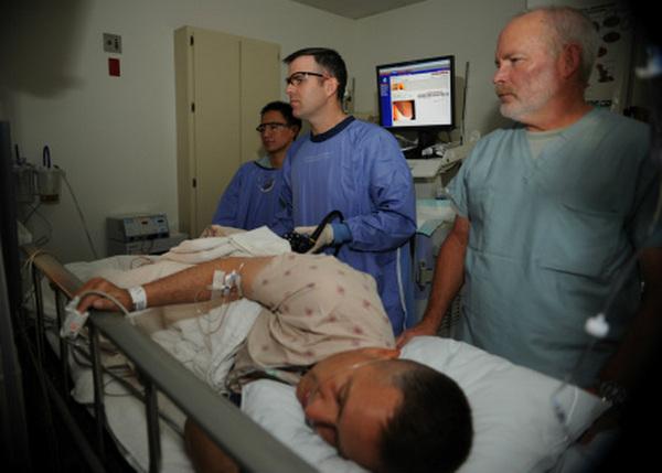 Удалить абсцесс небольшого размера можно с помощью терапевтической пункции