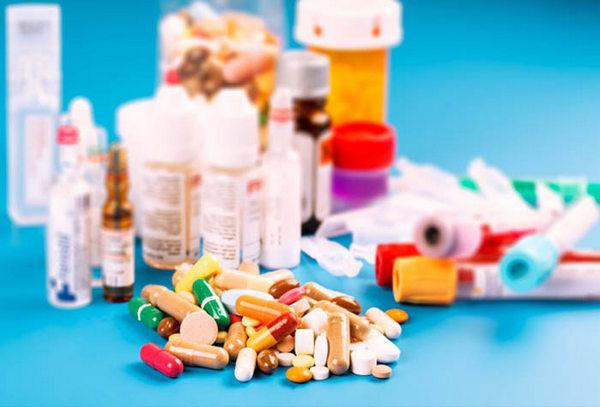 Пациент должен принимать препараты, прописанные врачом