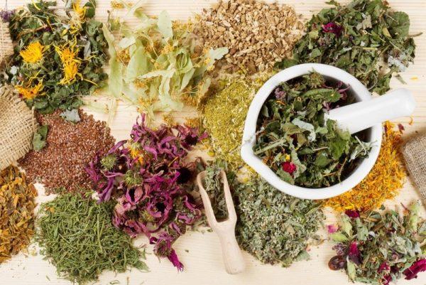 Натуральные препараты изготавливаются на основе растительного сырья