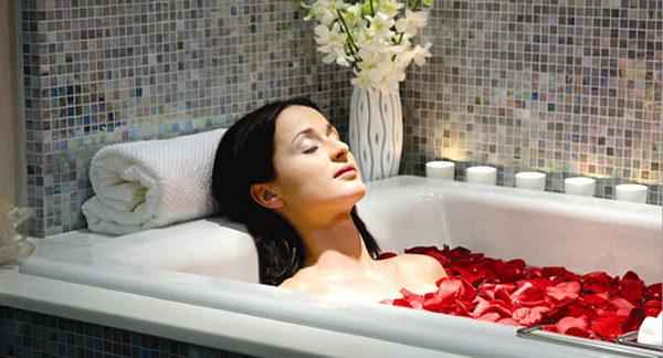 Можно принимать ванны с маслами – это расслабляет и добавляет чувственности