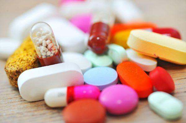 Лечение простатита подразумевает прием антибиотиков