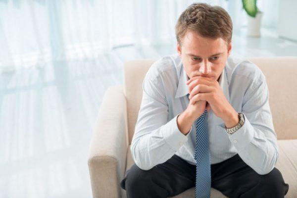 Подавляющее большинство мужчин не обращаются вовремя к врачу из-за чувства стыда и психологического дискомфорта