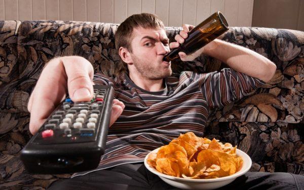 Употребление спиртных напитков негативно отражается на состоянии предстательной железы