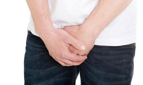 Поводом для экстренного обследования являются частые позывы к мочеиспусканию, а также болевые ощущения в области паха