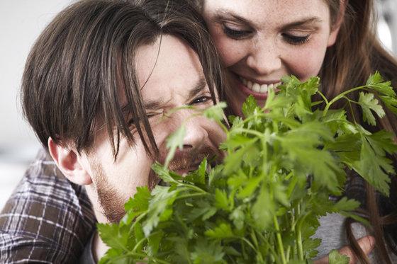 Петрушка поможет нейтрализовать неприятный запах изо ртаПетрушка поможет нейтрализовать неприятный запах изо рта