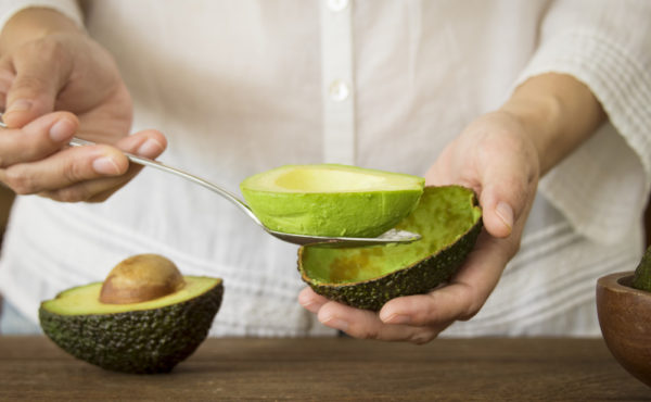 Употребляйте авокадо между основными приемами пищи